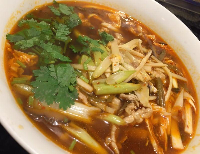 中国菜館 一元 酸辣湯麺(辛子入り酸味そば)