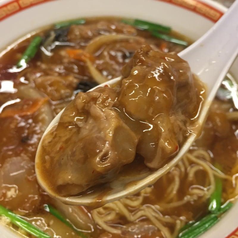 真夜中の中華食堂 上海 豚なんこつの旨煮ラーメン