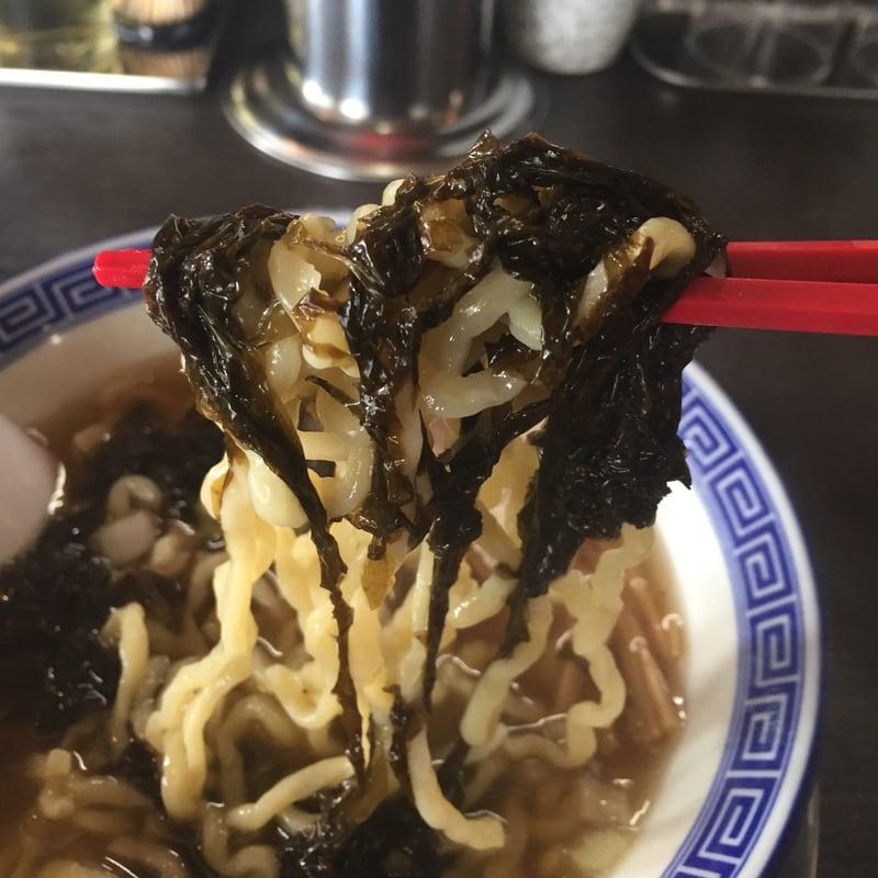 らーめん潤 秋田店 背脂煮干し中華そば 背脂なし 麺