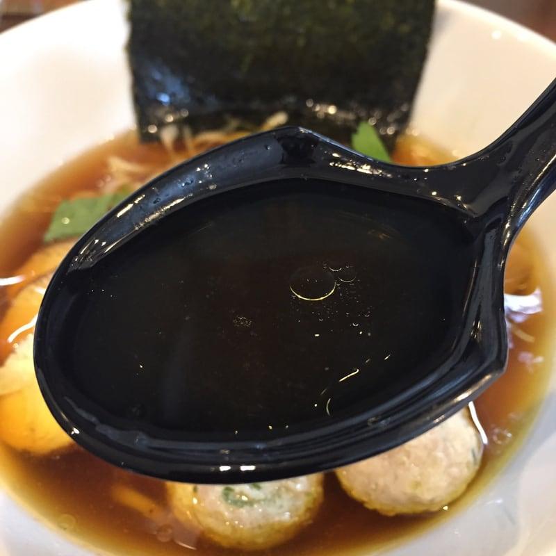 NOODLE SHOP KOUMITEI(香味亭) 丸鶏中華そば スープ