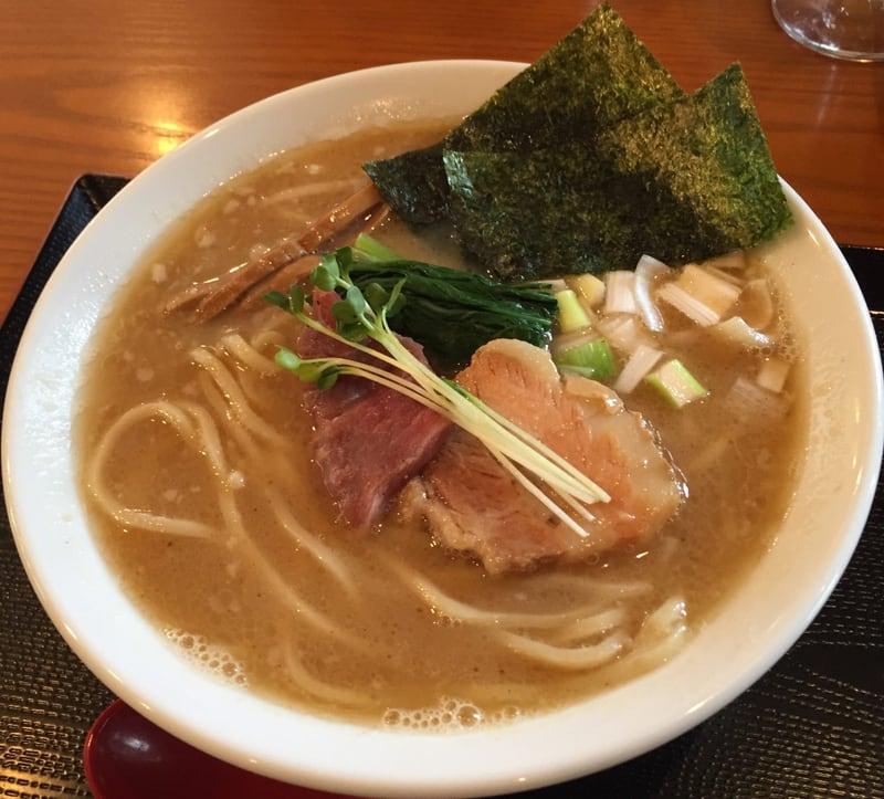 麺SAMURAI 桃太郎 濃厚魚介豚骨塩