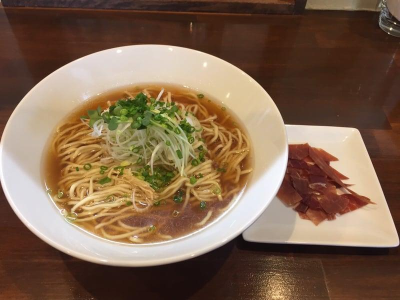 NOODLE SHOP KOUMITEI(香味亭) 自家製ハモンセラーノ香る生ハムヌードル