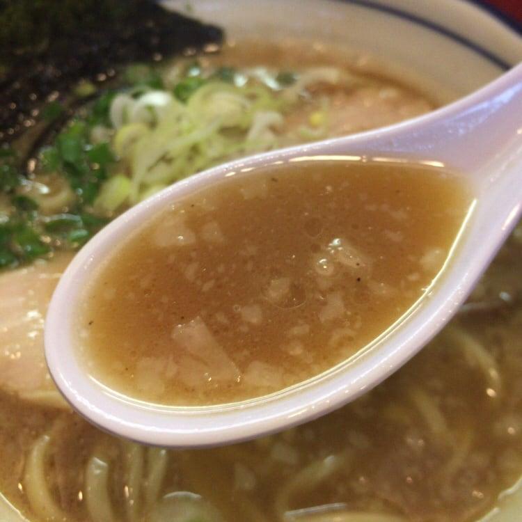 中華そば まるき 港町の煮干そば スープ