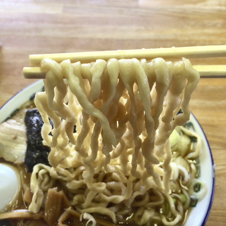 ケンちゃんラーメン 遊佐店 中華そば 麺