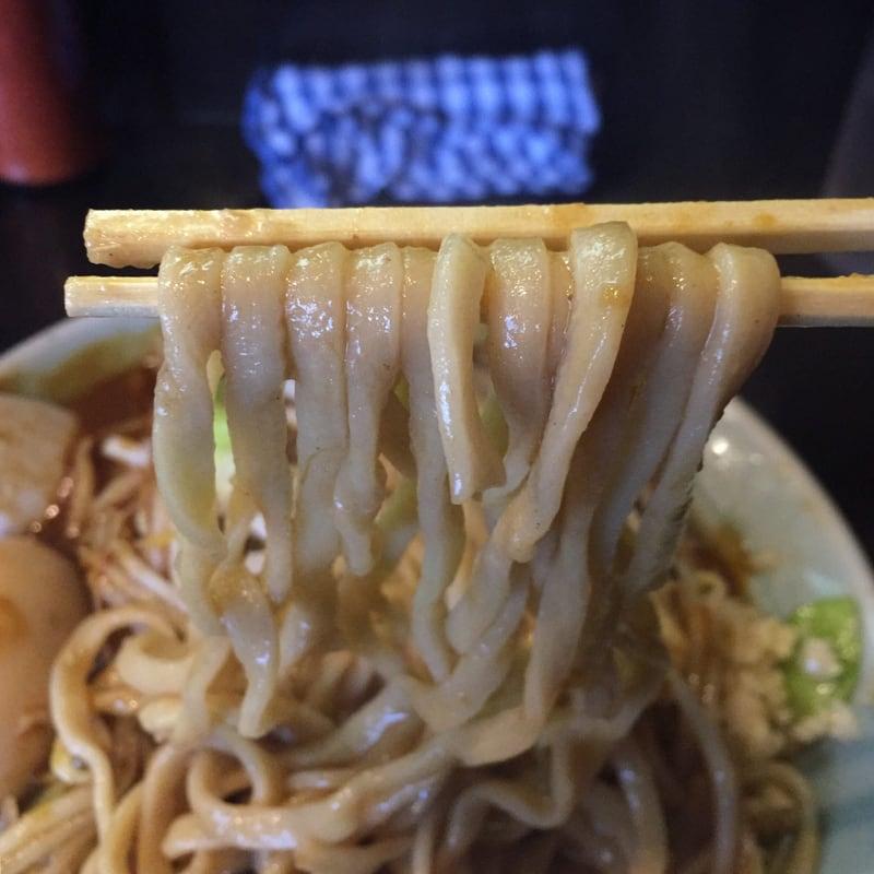 ラーメン マシンガン カレーそば 麺
