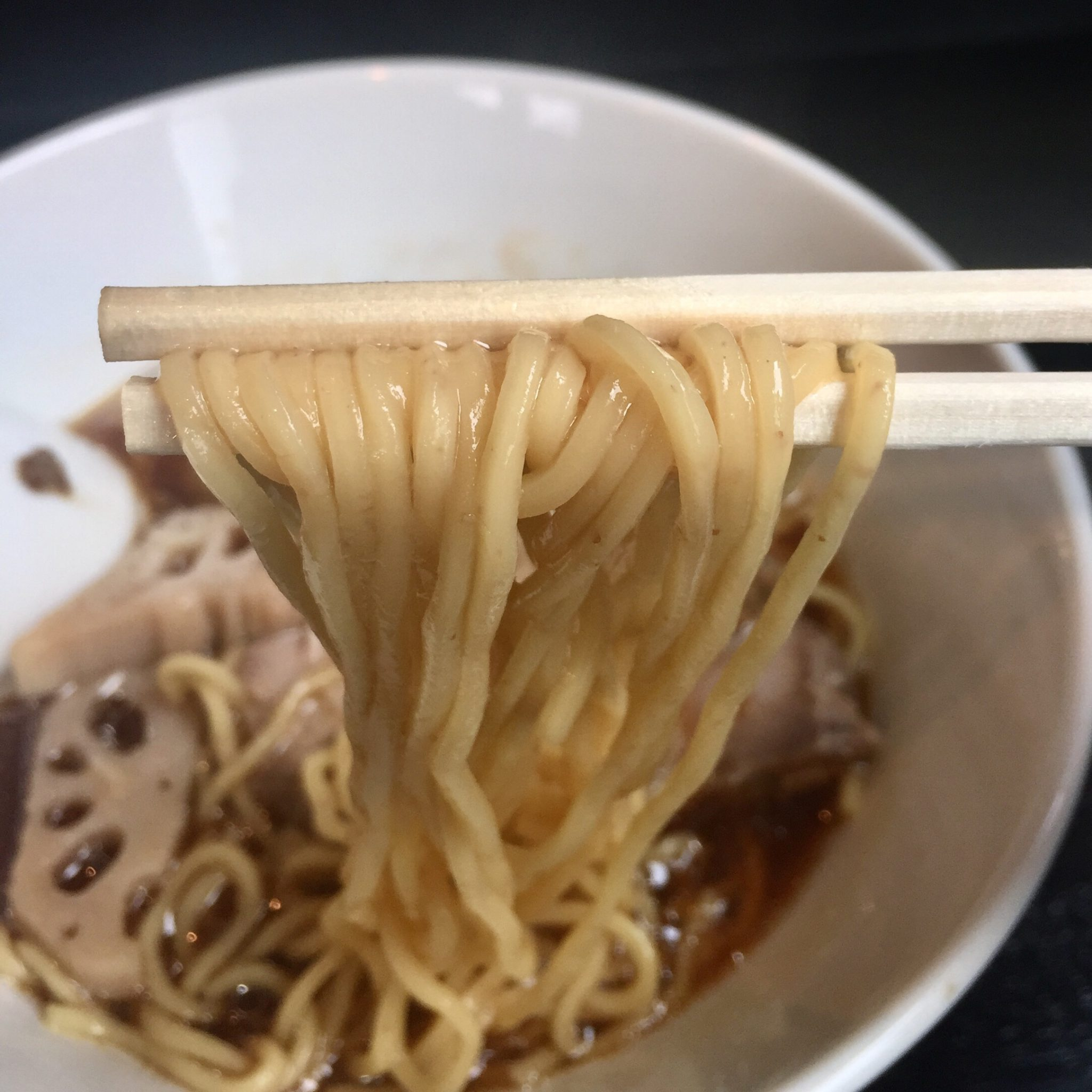 Noodle college SHIROKURO(しろくろ) 醤油Noodle 麺