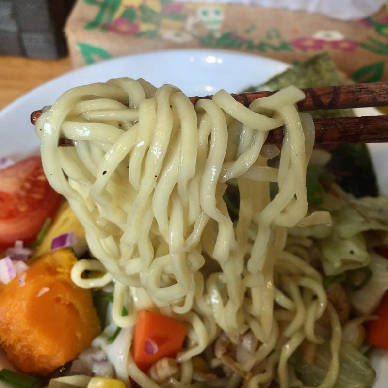 中華そばde小松 de小松的タンメン 麺
