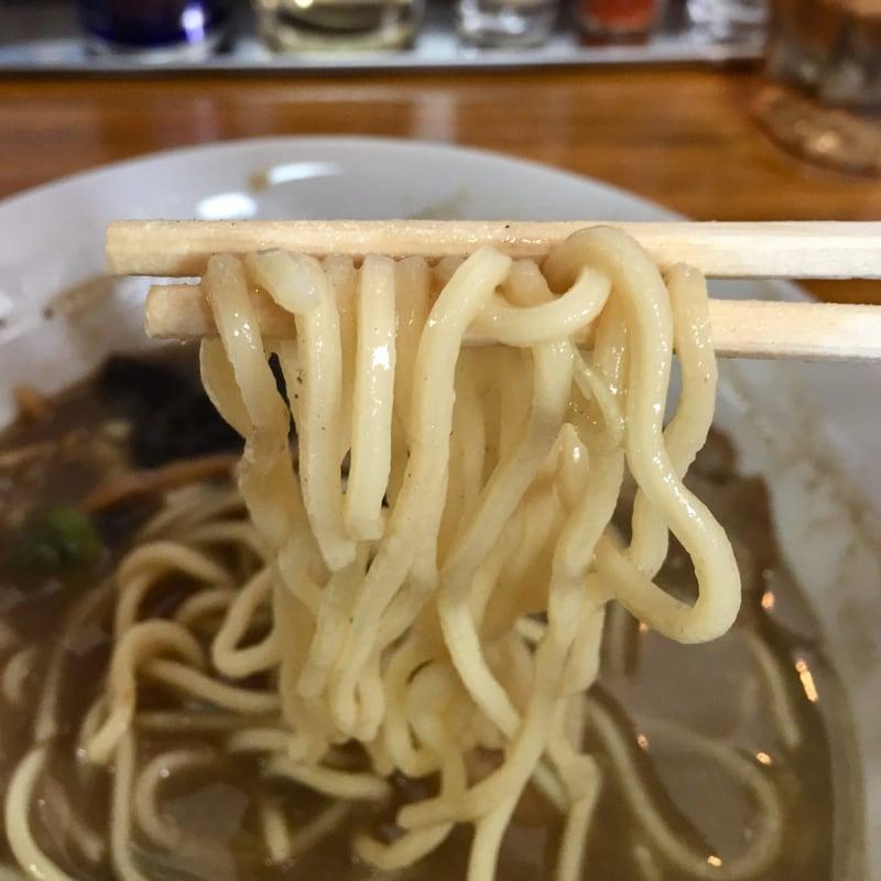 初代麺屋とのさき 醤油煮干し中華そば上 麺