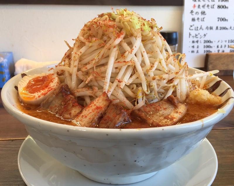 JIRO&MAZESOBA 奨(すすむ) 裏辛醤油 5辛 サイドビュー