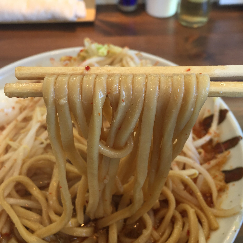 JIRO&MAZESOBA 奨(すすむ) 裏辛醤油 5辛 麺