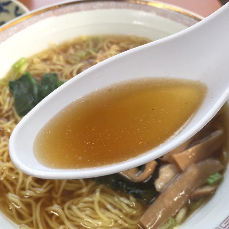 清美食堂 正油ラーメン 醤油ラーメン スープ