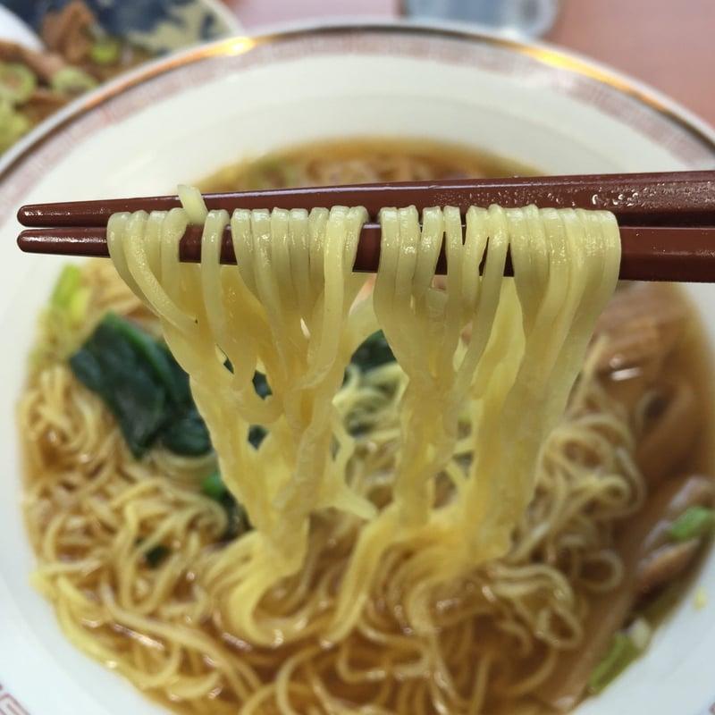 清美食堂 正油ラーメン 醤油ラーメン 麺