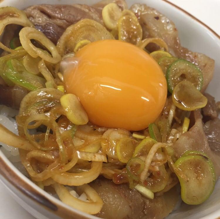 自家製麺 麺屋にぼすけ美郷店 スタ丼