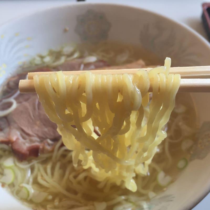中華ダイニング 大黒屋 塩ラーメン 麺