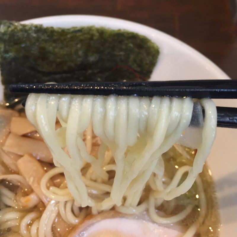 NOODLE SHOP KOUMITEI(香味亭) 煮干し香る中華そば(塩) 麺