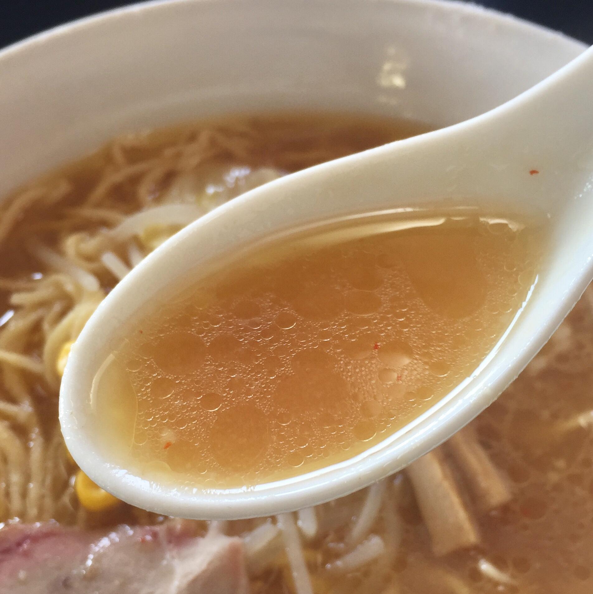 手打 焔 みそラーメン スープ