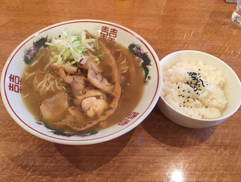濃厚鶏ガラ 中華そば 東一(あずまいち) 出汁チャーシュー麺 出汁中華そば ライス