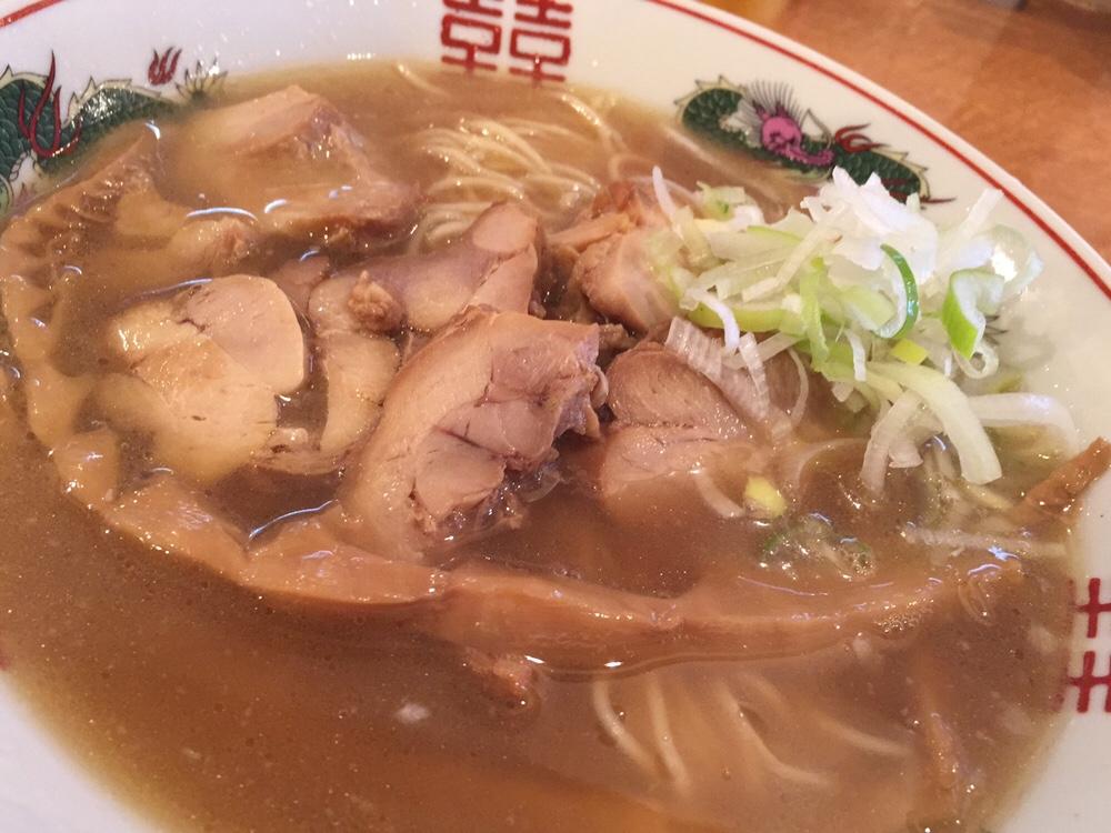 濃厚鶏ガラ 中華そば 東一(あずまいち) 出汁チャーシュー麺 出汁中華そば 具