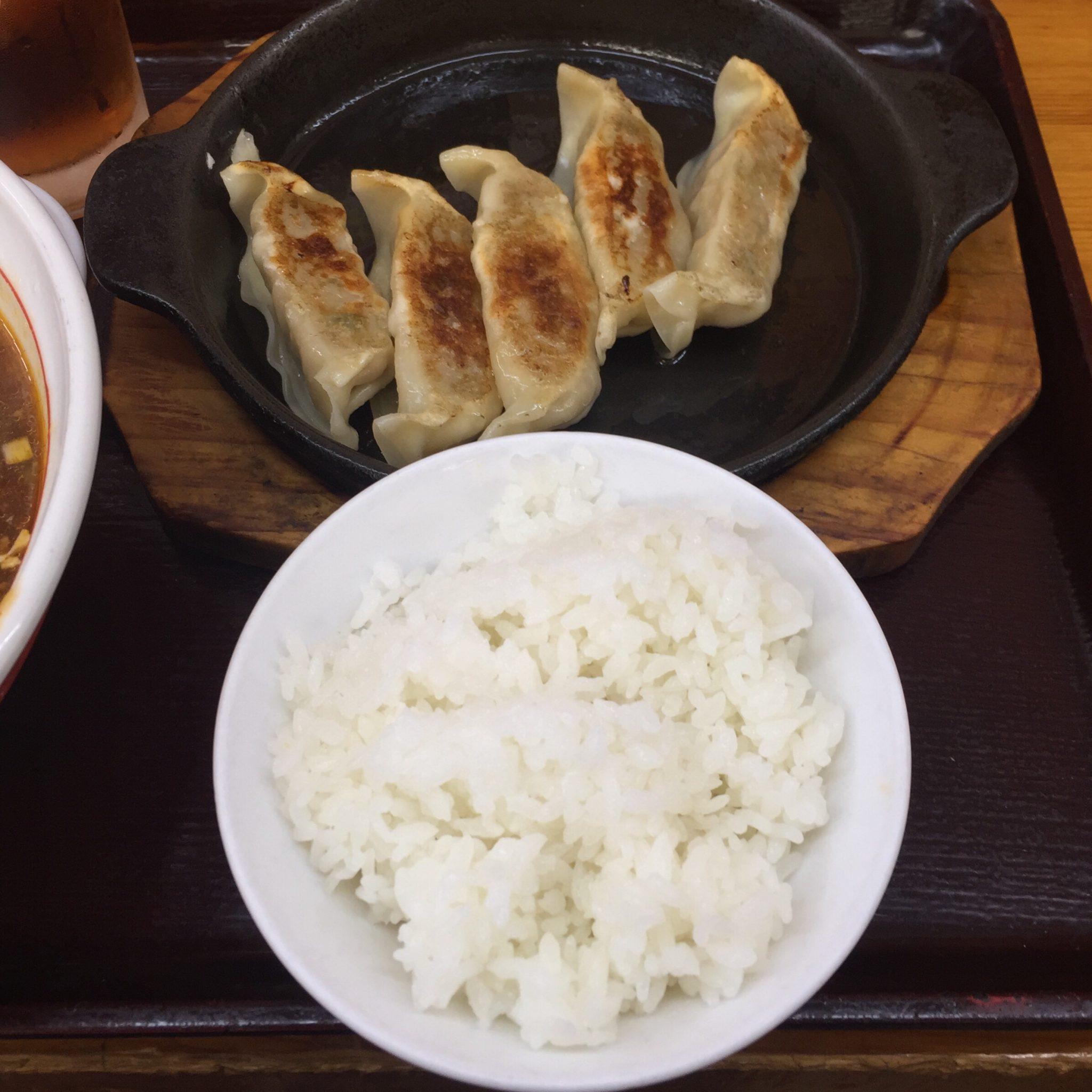 拉麺 めんこく亭 鉄板餃子セット