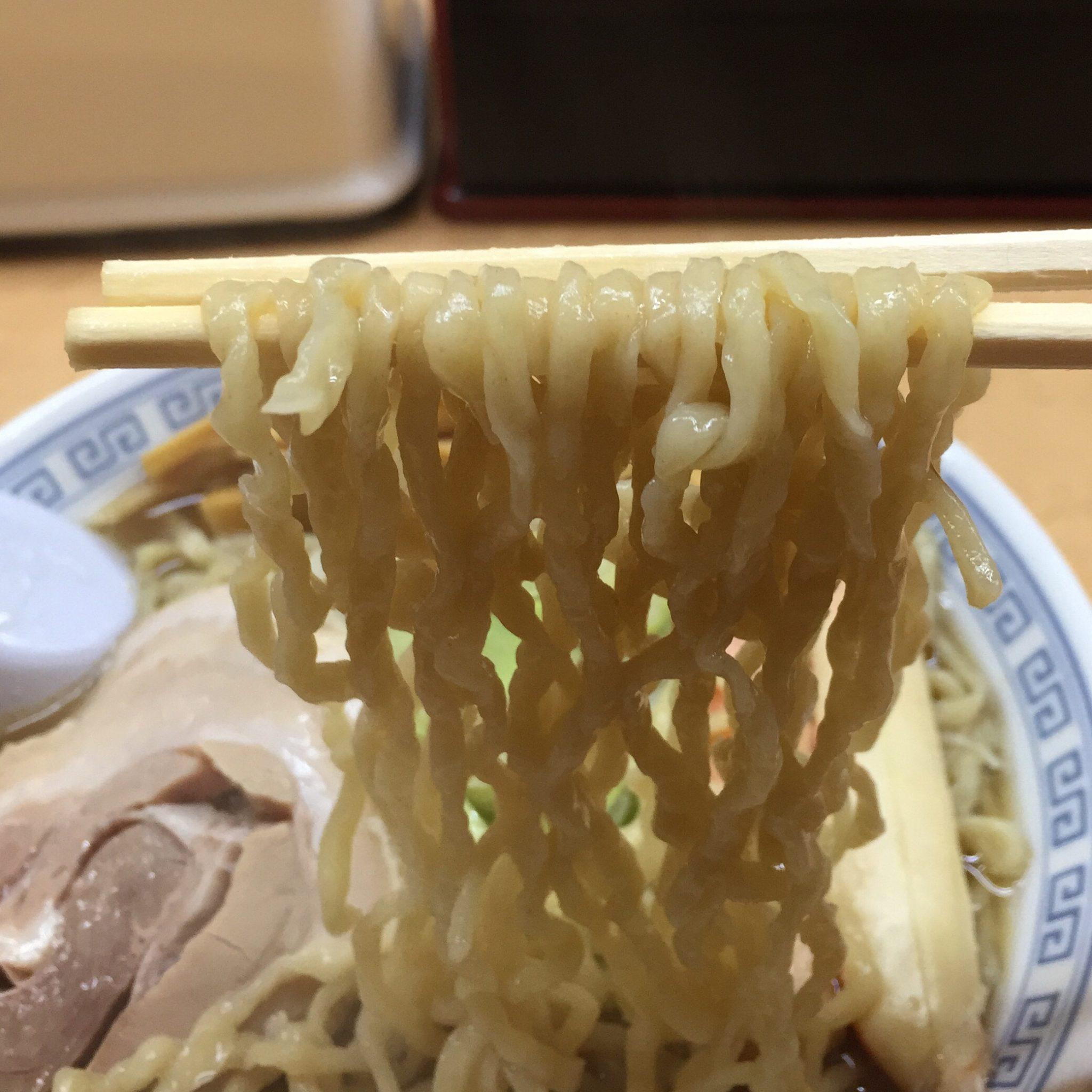 第49回ラーメン女史会~中華そば 雲ノ糸 酒田店 ズワイガニ中華そば 麺