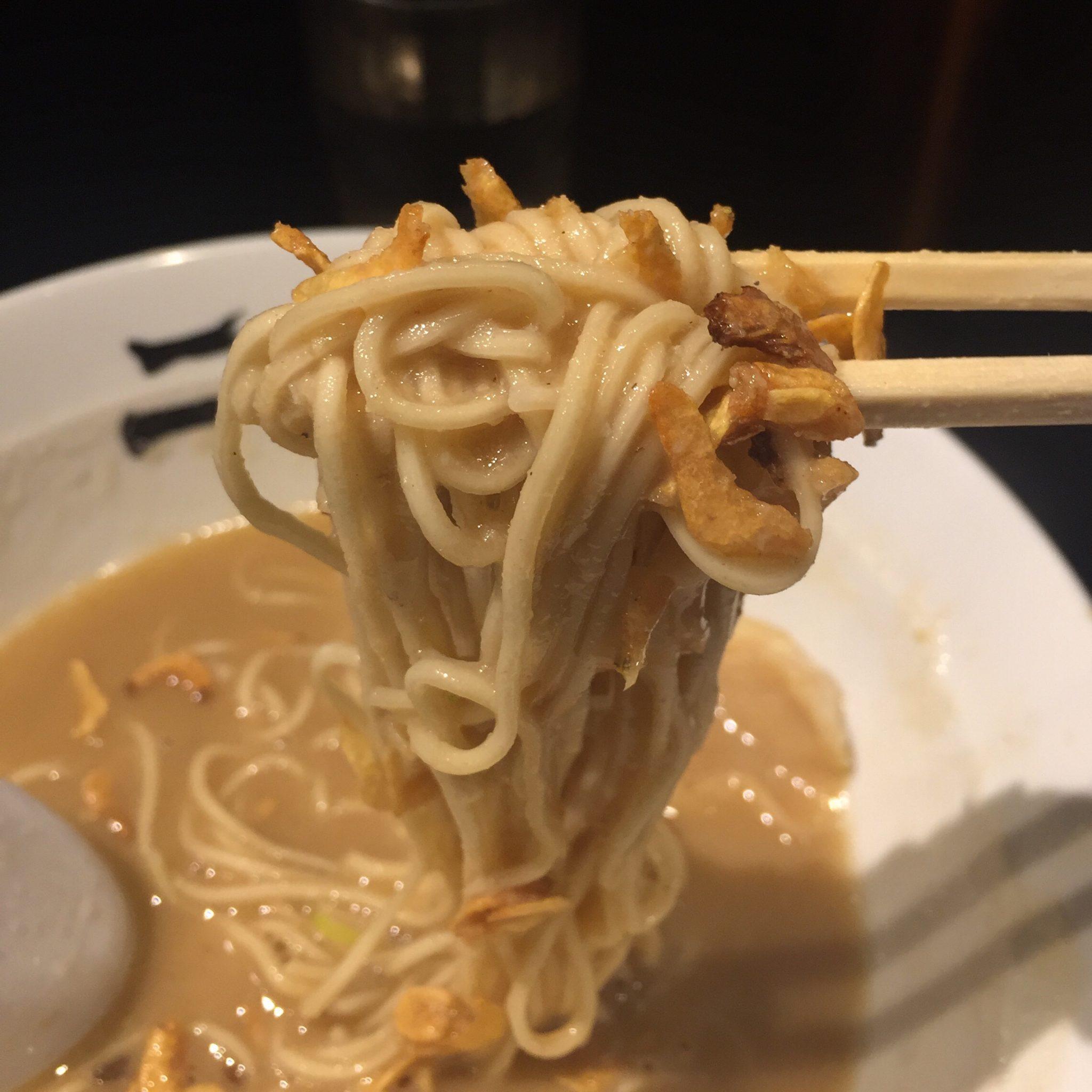 二球 超濃厚豚骨鶏白湯・三代目海老そば「改」 麺 干し海老