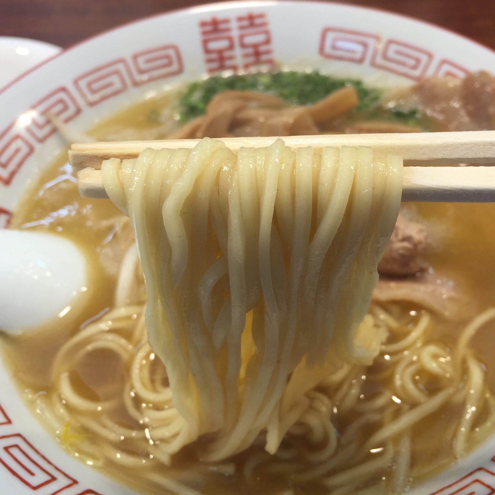 柳麺 多むら 外旭川店 徳島風中華そば ご飯付き 麺