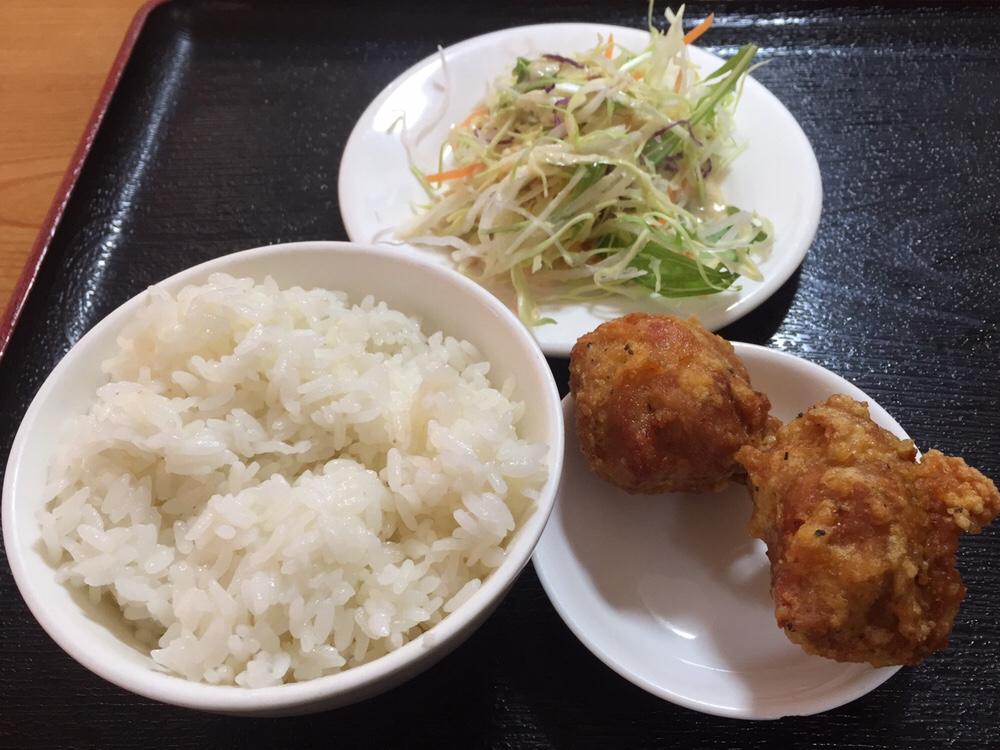 台湾料理 美味鮮 横手店 ライス 鶏肉の唐揚げセット