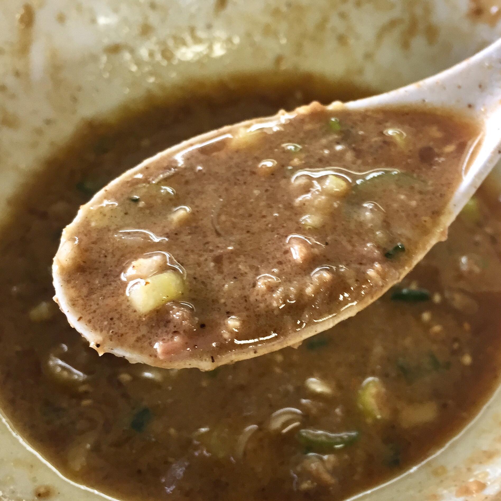 らーめん萬亀 汁なし坦々つけめん 味噌 つけ汁濃厚 スープ