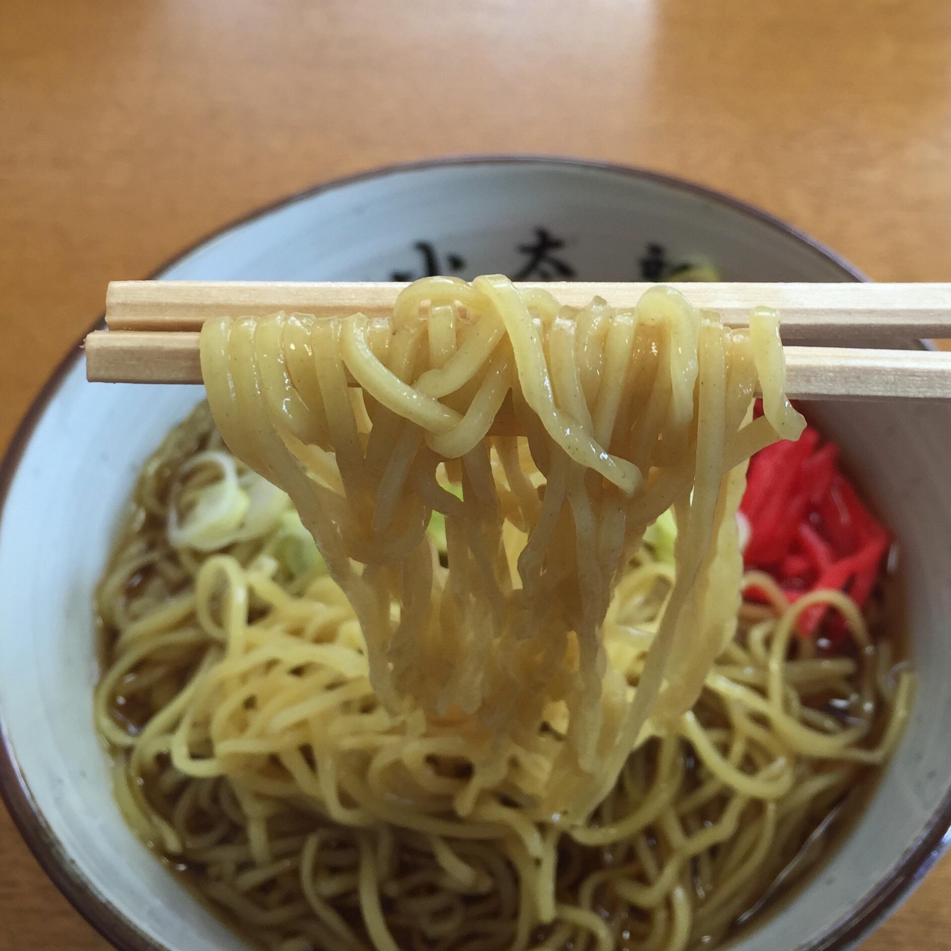 小太郎そばや かけ中華 麺