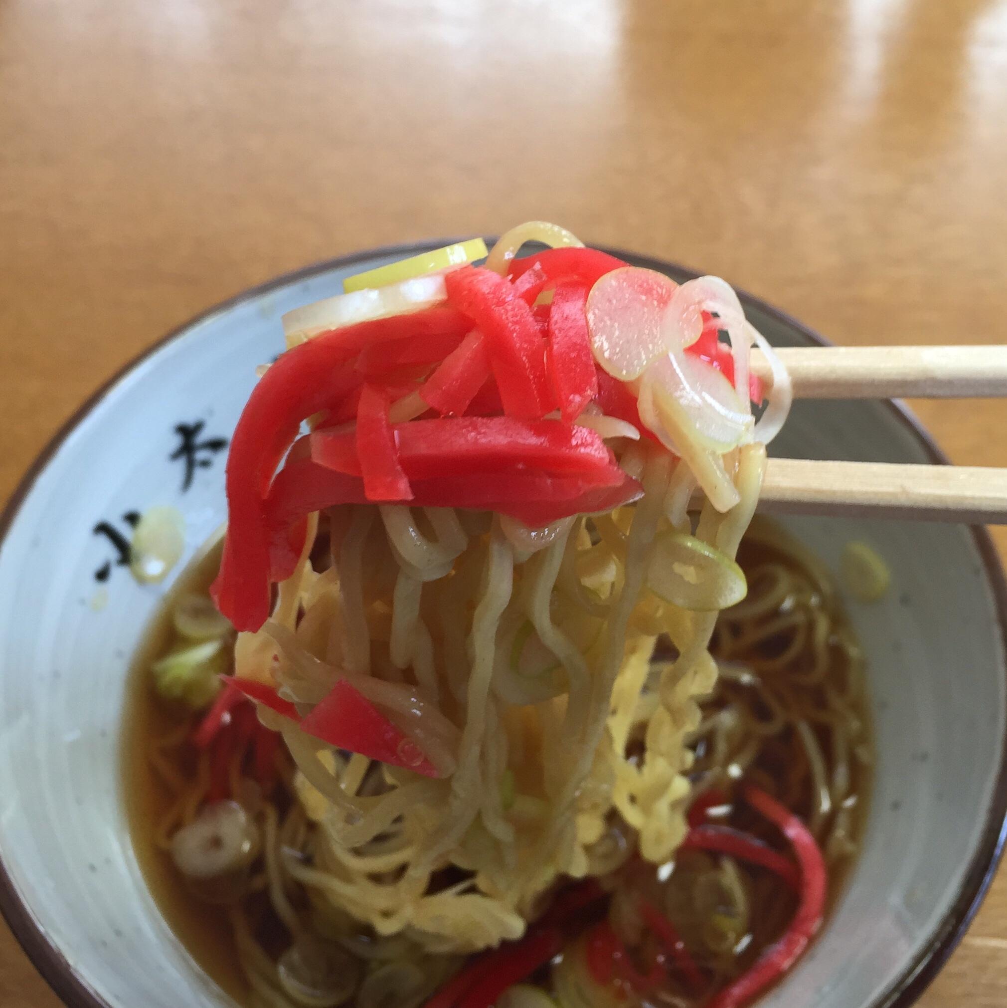 小太郎そばや かけ中華 麺 紅生姜