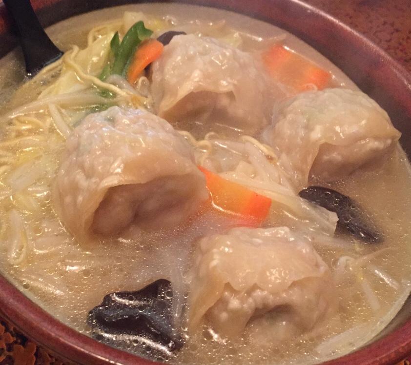 久米食堂 ワンタン麺 具