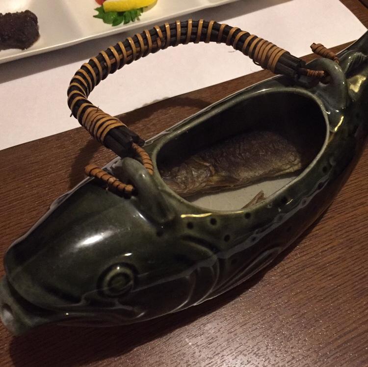 骨酒と地酒 酒讃家 岩魚の骨酒