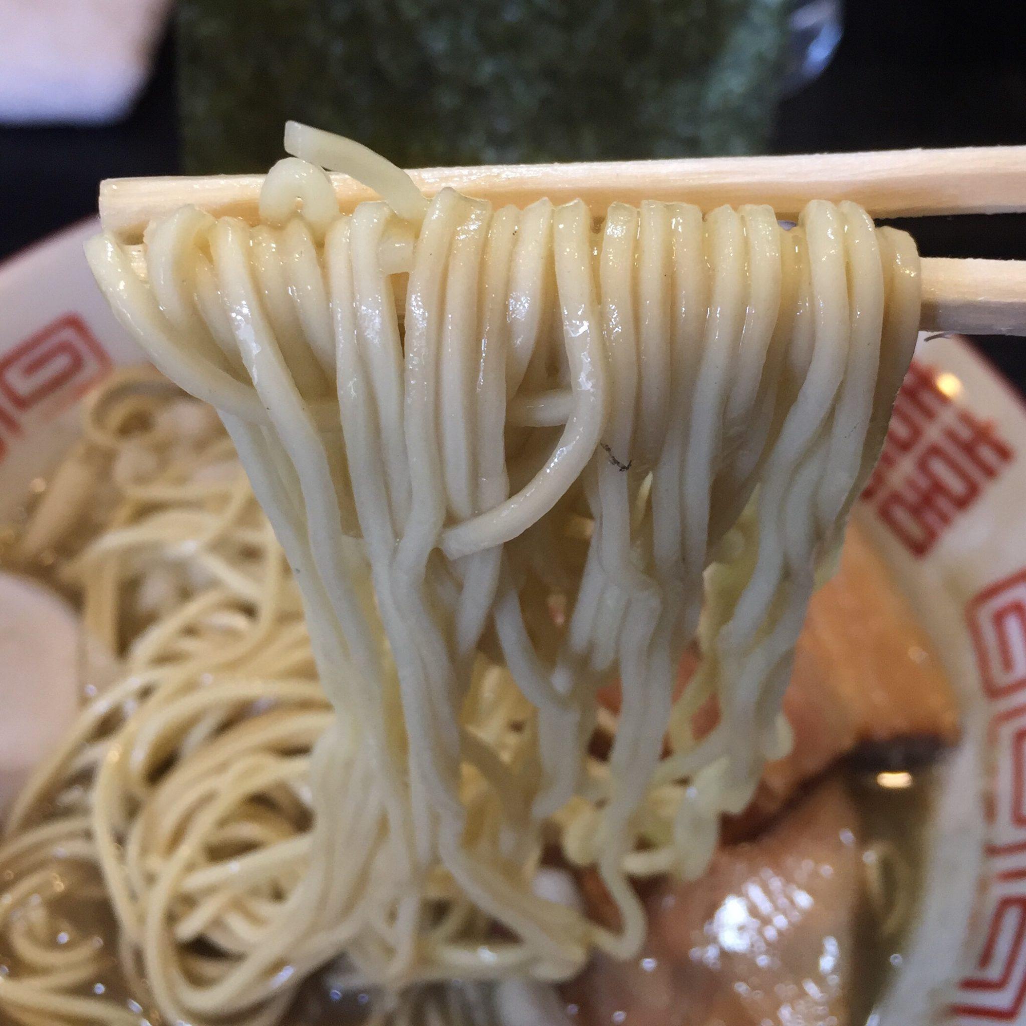 中華ソバ 伊吹 中華ソバ 煮干し 麺