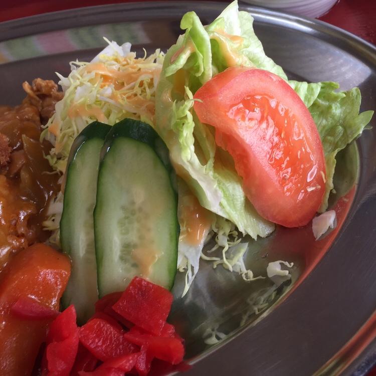 食堂 味よし味二番 オープンカツ サラダ