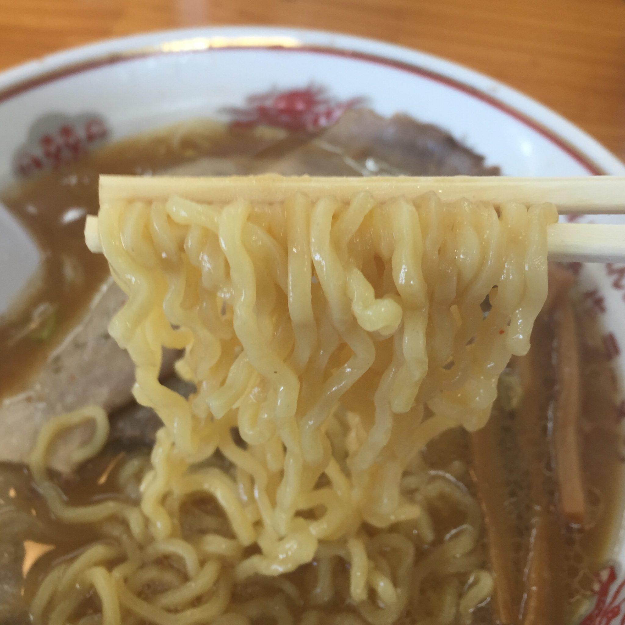 吾作ラーメン 秋田山王店 みそ味 味噌ラーメン 麺