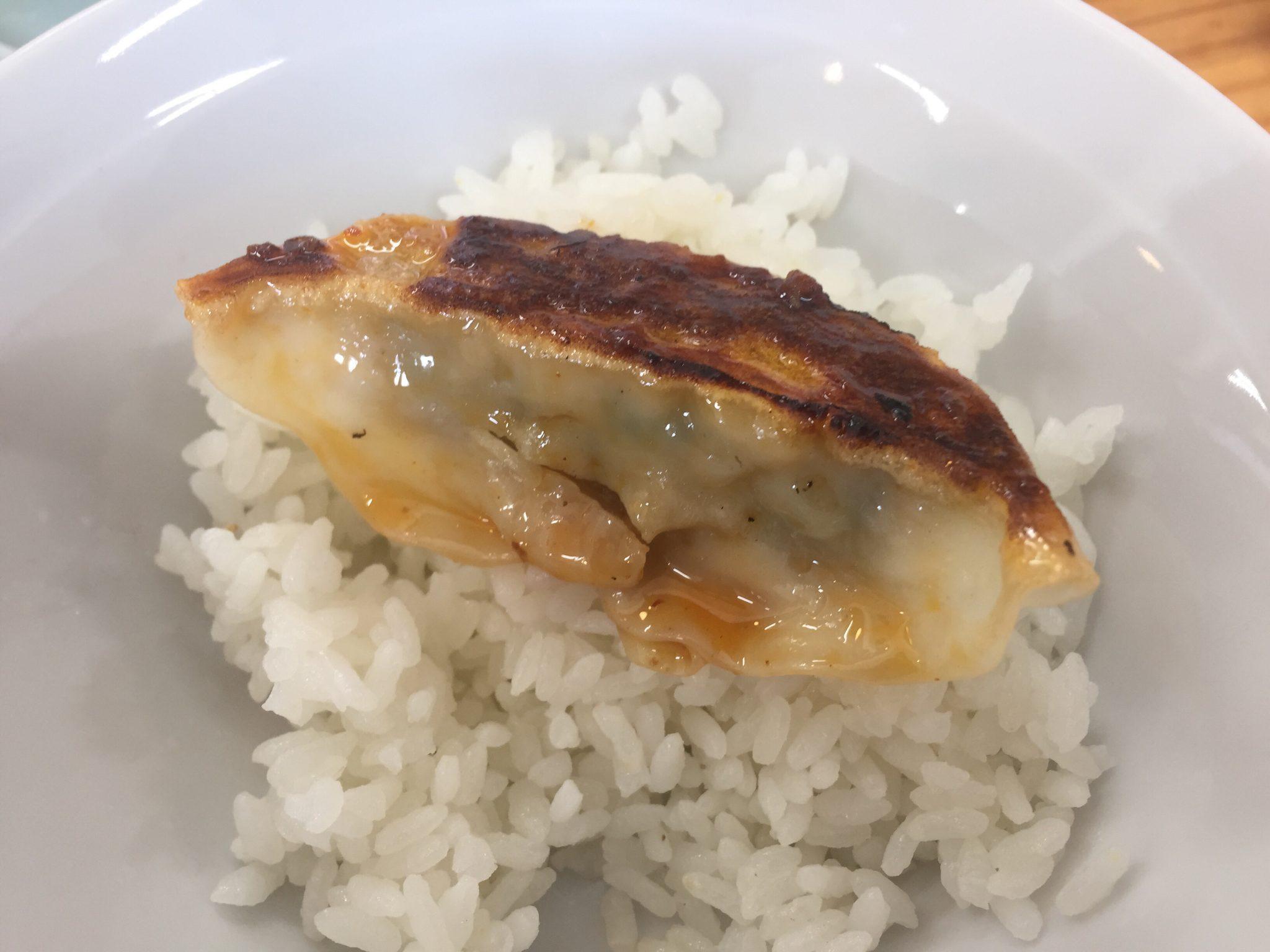 吾作ラーメン 秋田山王店 ギョーザ 餃子 半ライス
