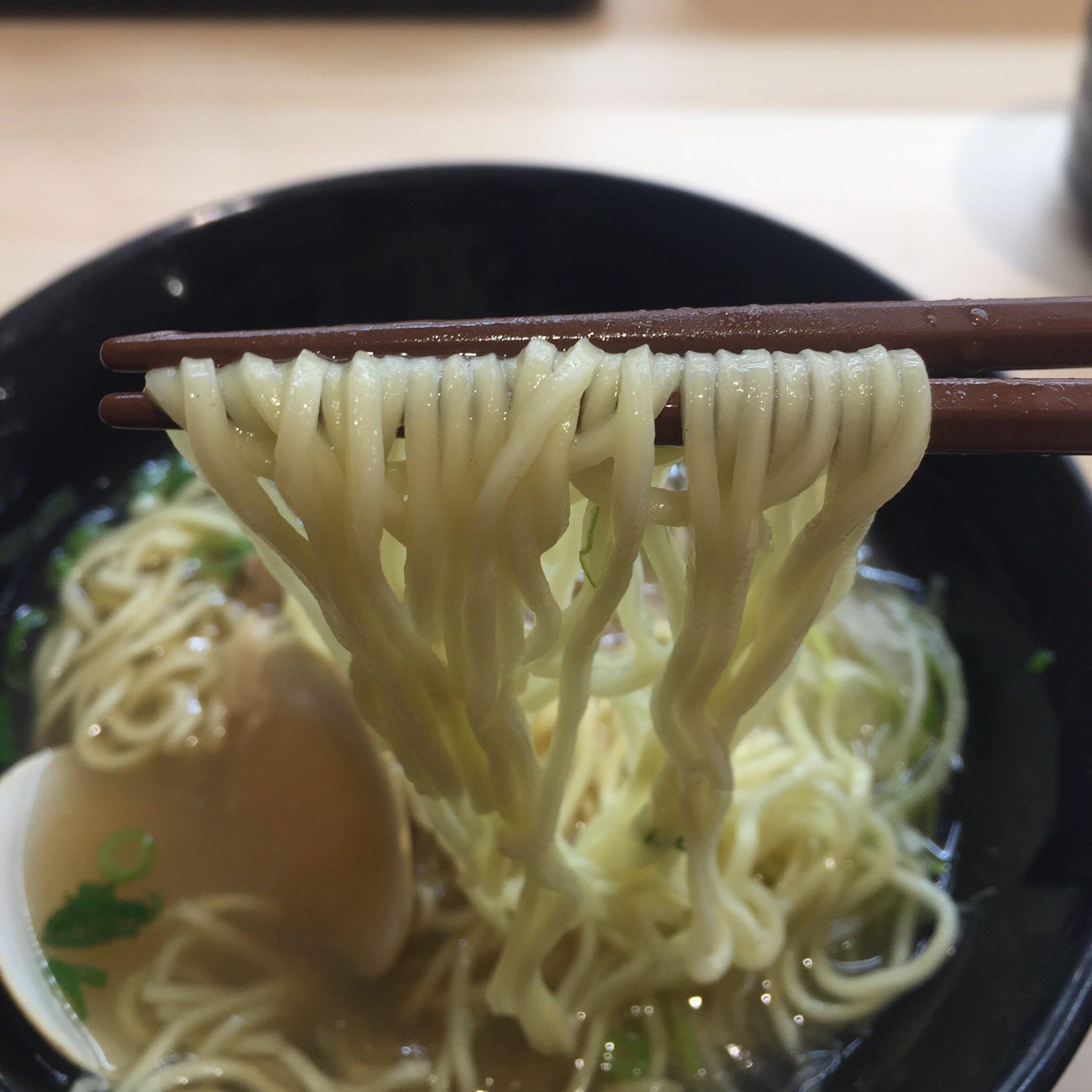 はま寿司 秋田広面店 春の旨だしはまぐりラーメン 麺