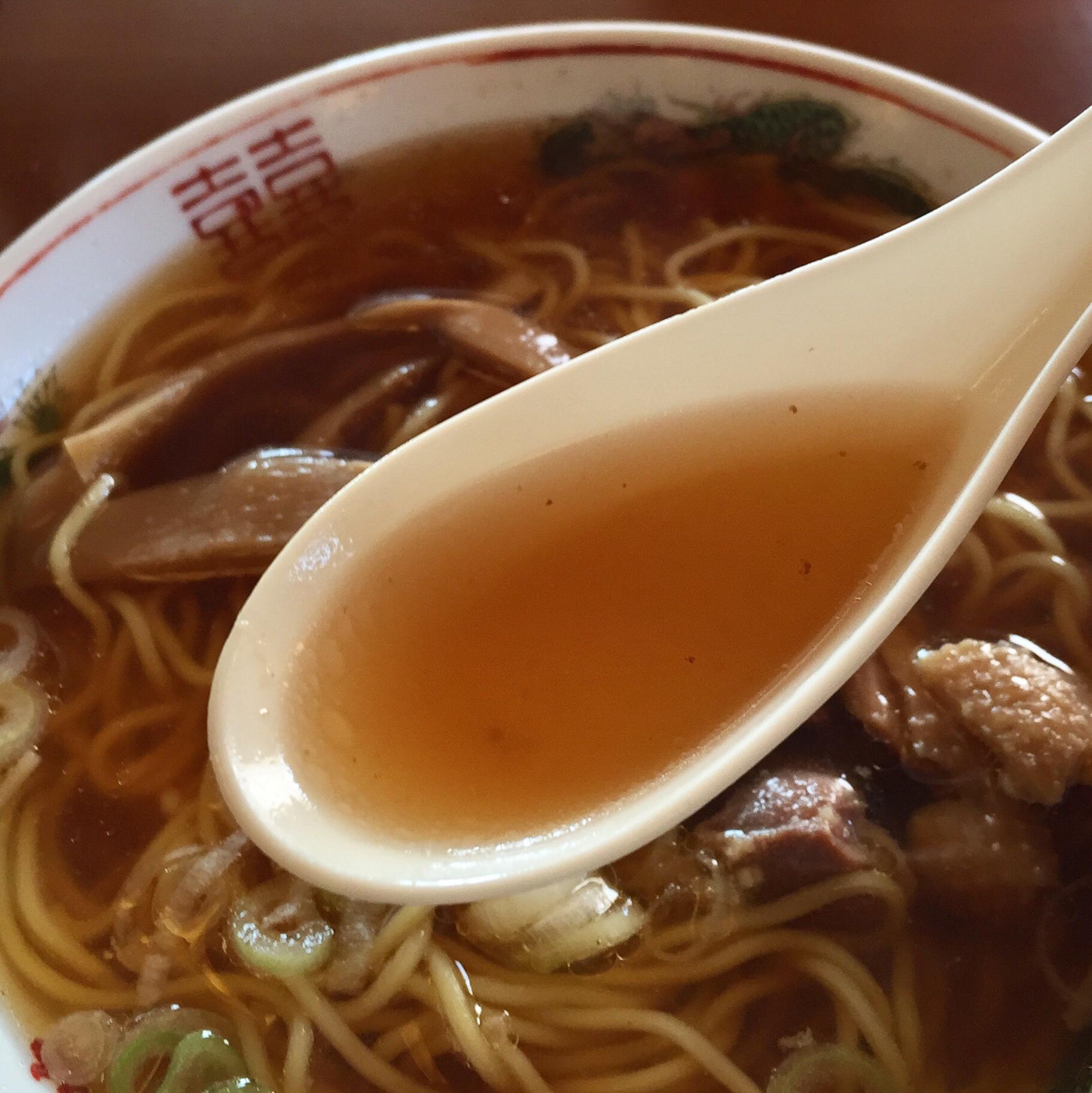 清吉そばや本店 中華そば しない鶏ラーメン 親鳥ラーメン スープ