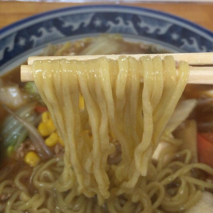 麺ならおまかせ 福龍 マーボラーメン 麺
