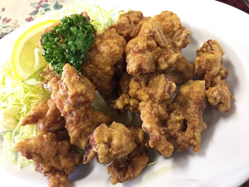 力食堂 秋田市外旭川 からあげ定食 鶏の唐揚げ 爆盛り