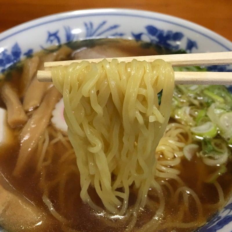 お食事処 五丁目 秋田市牛島 ラーメン 麺