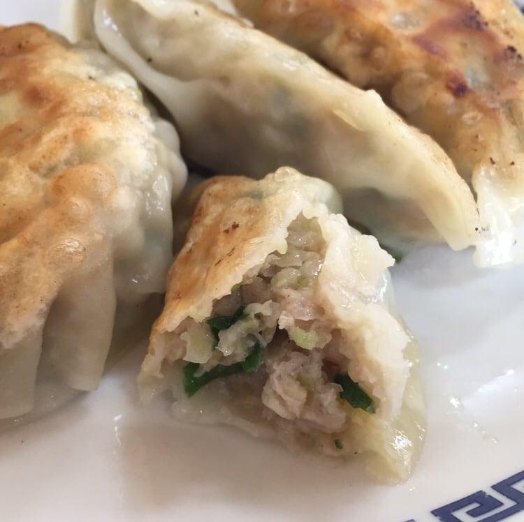 お食事処 えのき 秋田市寺内 ギョーザ 餃子