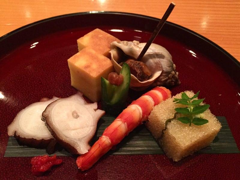 日本料理たかむら 秋田市大町 先付 玉子焼き バイ貝 タコ 海老 子持ち昆布