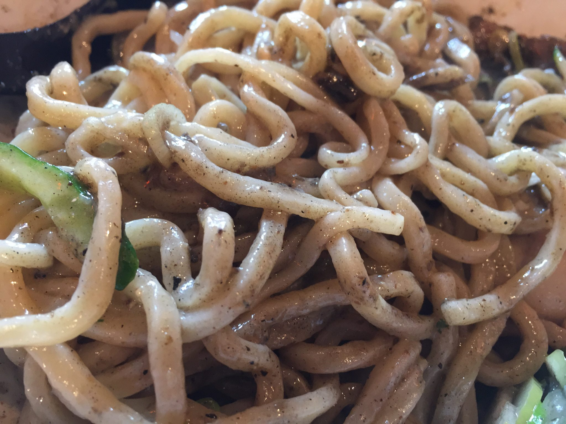 津軽煮干中華蕎麦 サムライブギー 岩手県久慈市 煮干香るじぇじぇ麺 麺