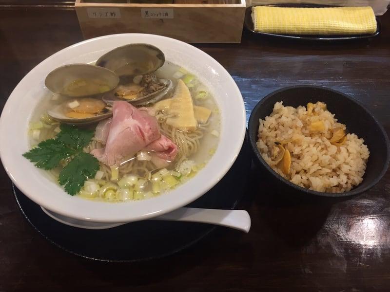 ラゥメン大地 秋田市東通 塩らぅめん 塩ラーメン 貝の炊き込みご飯