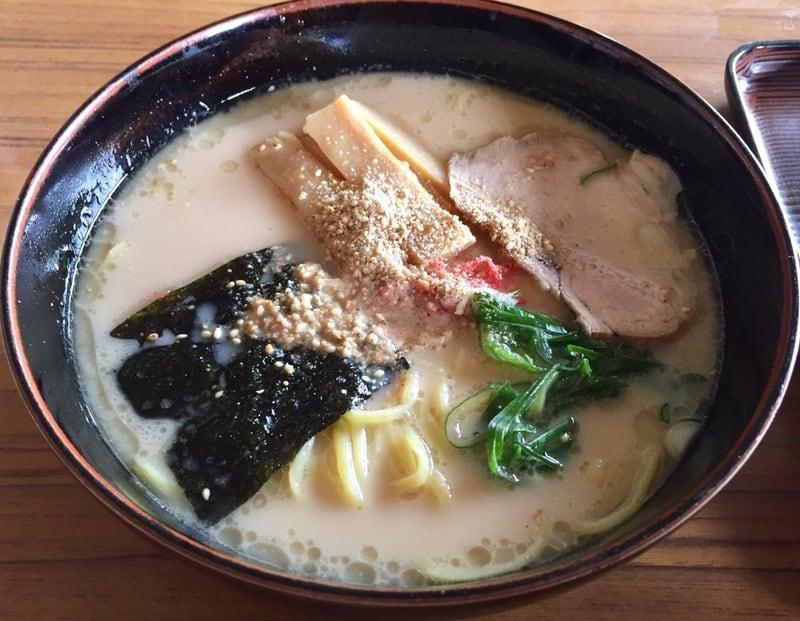 食堂二十番 秋田県大仙市太田町 特製豚骨麺 豚骨ラーメン