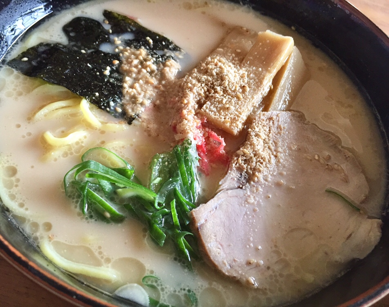 食堂二十番 秋田県大仙市太田町 特製豚骨麺 豚骨ラーメン 具