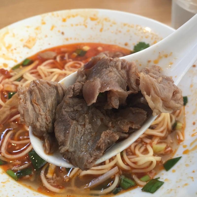 自家製麺 麺や二代目 夜来香 秋田市飯島 スーラー仕立ての牛出汁中華ソバ 牛肉