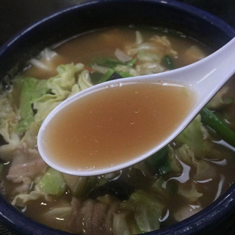元祖荒磯ラーメン 秋田市山王 荒磯醤油 醤油ラーメン スープ