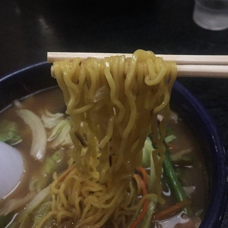 元祖荒磯ラーメン 秋田市山王 荒磯醤油 醤油ラーメン 麺